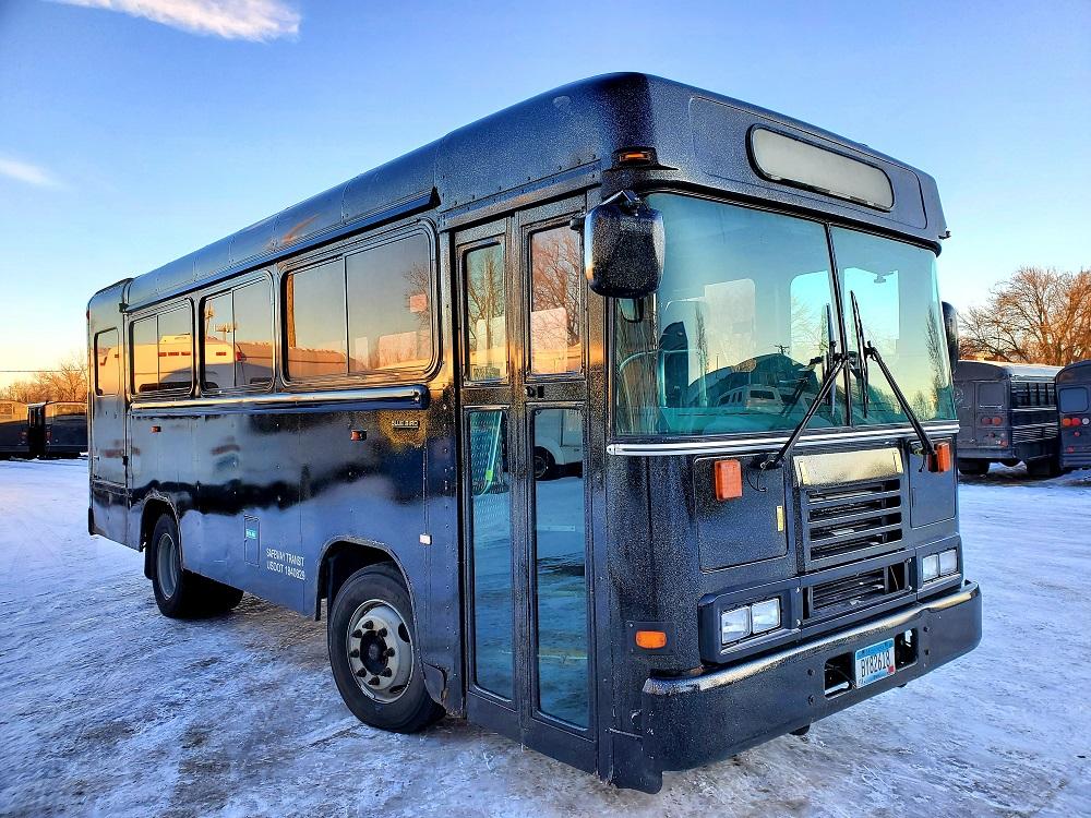 The Black Mini Party Bus Rental in Minnesota MN ...
